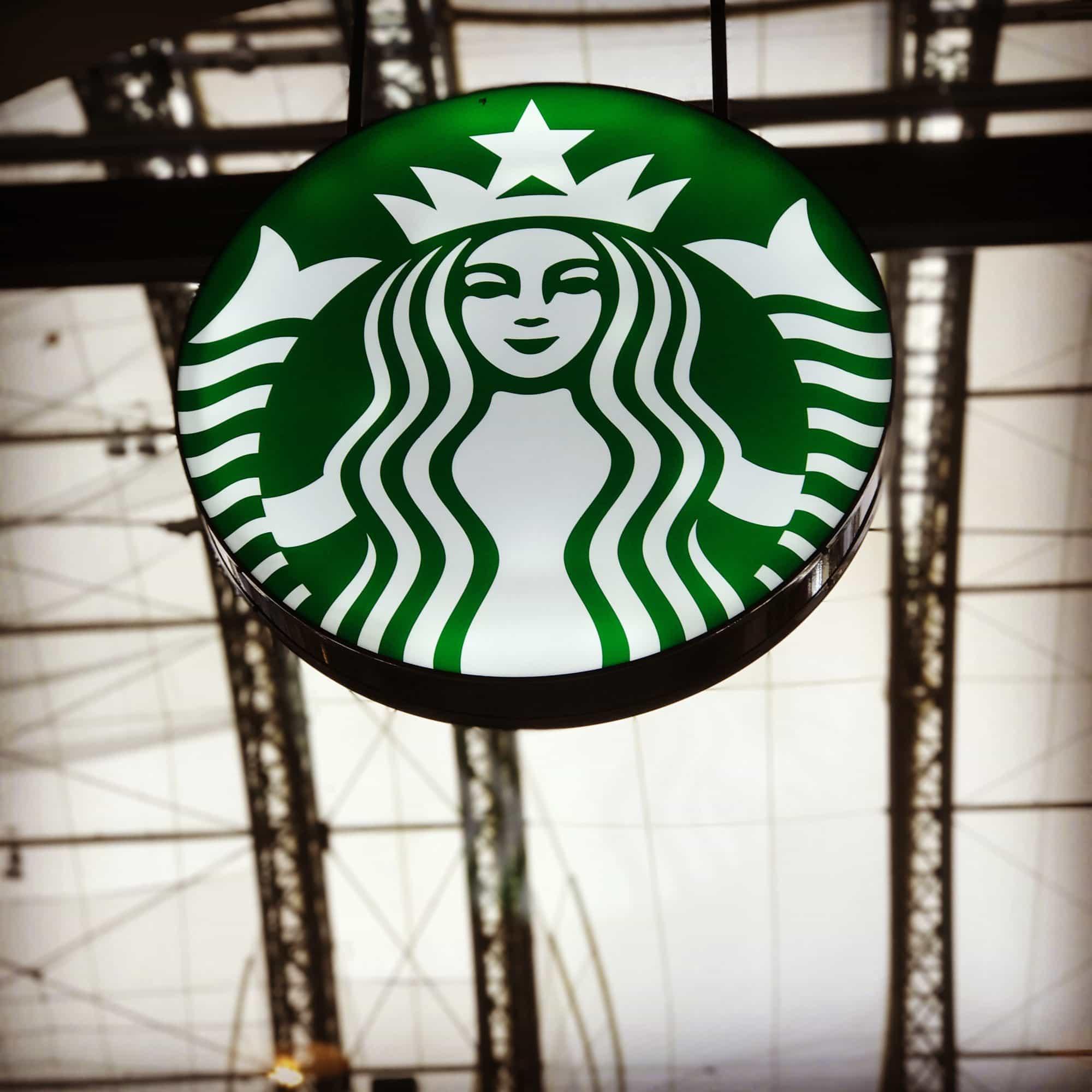 Starbucks Dresden Hauptbahnhof Bokeh Effekt mit iPhone 7 plus
